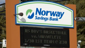 Norway Savings Bank sign in Gray, Maine